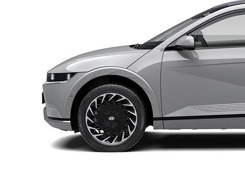 "Exclusive 20"" alloy wheels"
